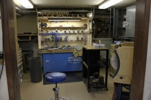 Olson Guitars - Sanding Station