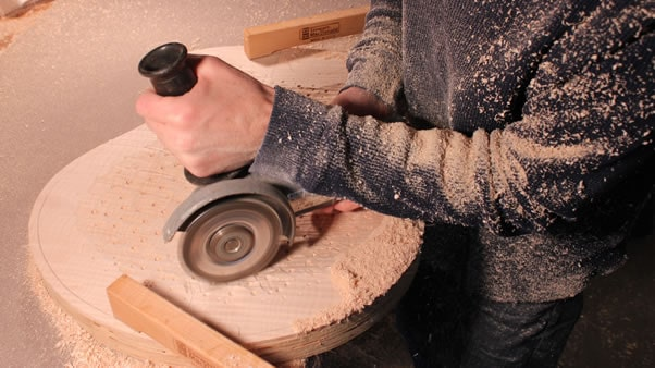 Carving an archtop guitar chainsaw 3