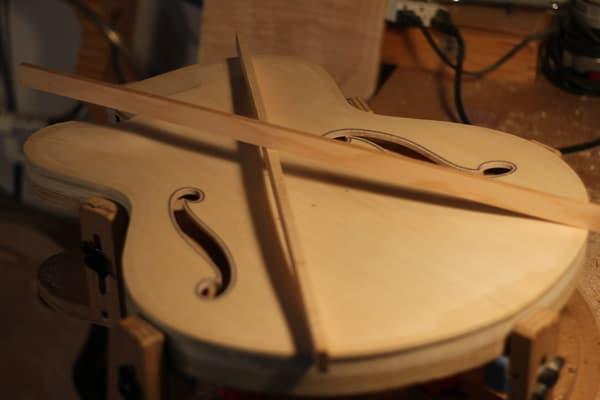 archtop guitar X brace