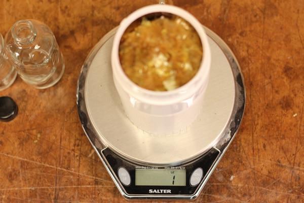 measuring shellac