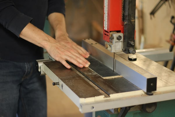 cutting veneer purfling strips