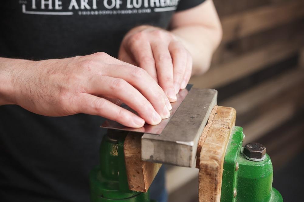 how to sharpen a scraper 2